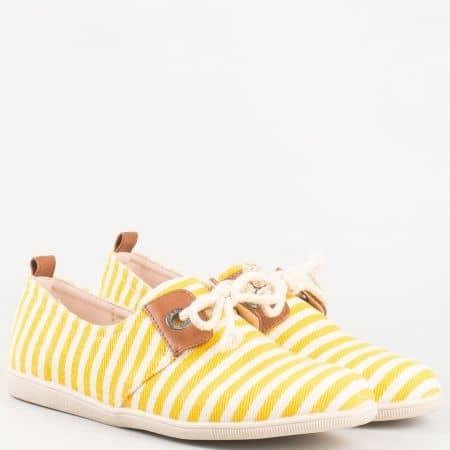 Дамски текстилни обувки с връзки, тип еспадрила в жълто- бяло райе 0001j