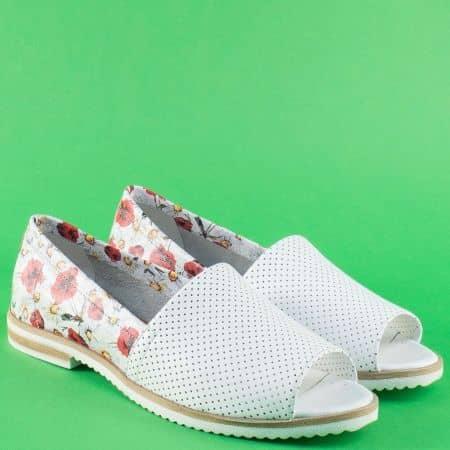 Бели дамски обувки с отворени пръсти на нисък ток 0117bps