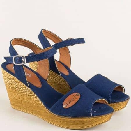 Дамски сандали в син цвят на комфортна платформа 020617ts