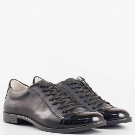 Дамски ежедневни обувки произведени от висококачествена естествена кожа на утвърден български производител в черен цвят 0213chlch