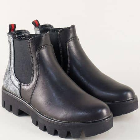 Черни дамски боти на грайферно ходило с ластици 022020ch