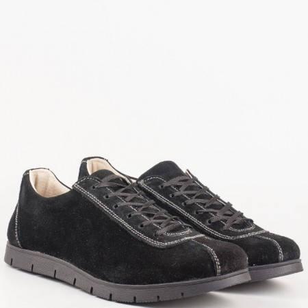 Ортопедични дамски обувки  с връзки от естествен велур в черен цвят на български производител 030vch