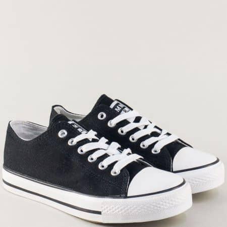 Дамски кецове с връзки на комфортно ходило в черен цвят 032-40ch