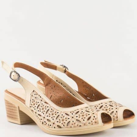 Дамски сандали на удобно ходило изработени от изцяло естествена кожа в бежово 06107bj