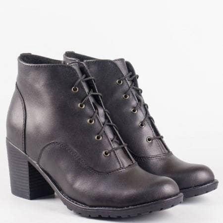 Дамски ежедневни черни боти от 100% естествена кожа с връзки и цип на български производител 1022260ch