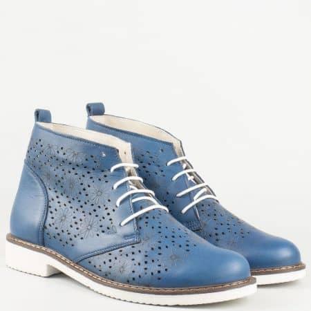 Перфорирани дамски обувки в син цвят с връзки на нисък ток от естествена кожа изцяло- Nota Bene   109985s