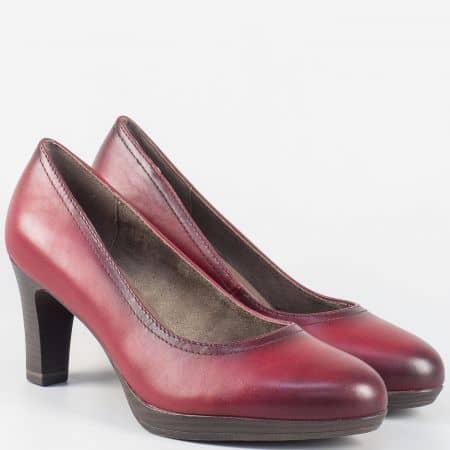 Кожени дамски обувки на висок ток с Memory пяна- Tamaris в цвят бордо 1122410bd