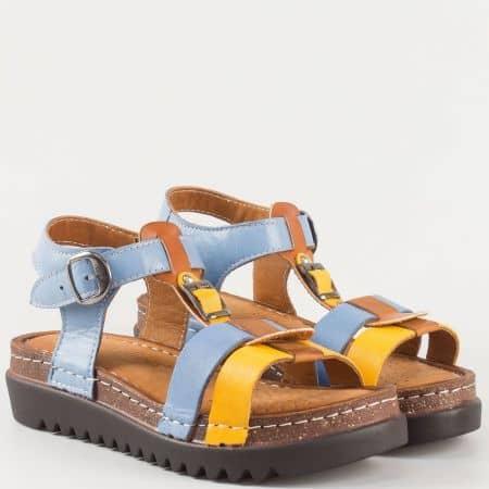 Ефектни дамски сандали в жълто, кафяво и синьо на платформа от естествена кожа изцяло- български производител 1154ps
