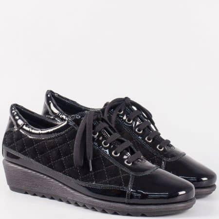 Дамски лачени обувки с връзки в черен цвят- The FLEXX на клин ходило 0206ch