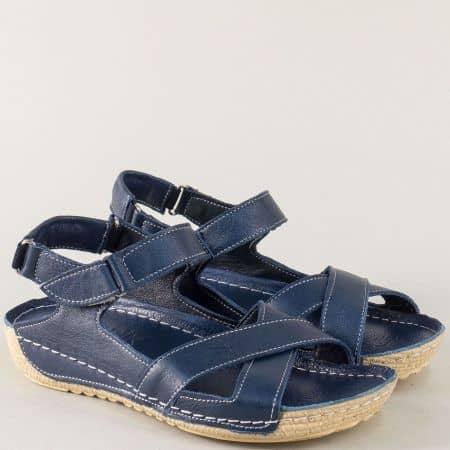 Кожени дамски сандали в тъмно син цвят на шито ходило 116s