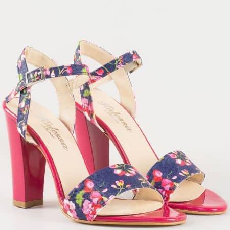 Дамски стилни сандали с флорални мотиви на висок ток в цикламено и синьо 1200ck