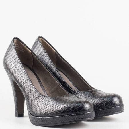 Дамски стилни обувки на висок ток със змийски принт на немския производител Tamaris в черен цвят 122426zch