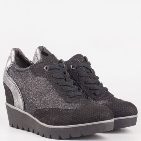 Дамски спортни обувки, тип кец, на немския производител Tamaris в черен цвят 123310ch
