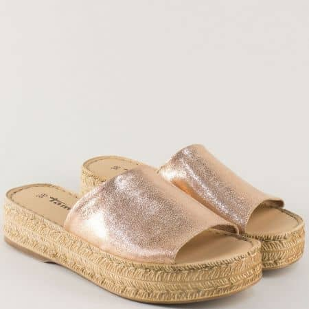 Кожени дамски чехли на платформа в розово злато 127205rz