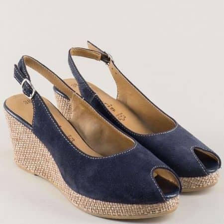 Велурени дамски сандали на клин ходило в син цвят 129303vs