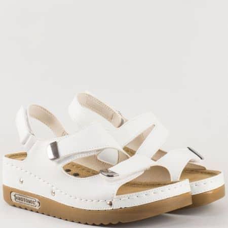 Дамски ежедневни сандали с велкро ленти и анатомична стелка в бяло 13354b