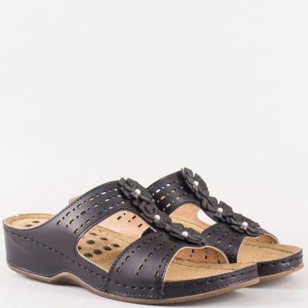 Черни дамски чехли от еко кожа с цветя на платформа 13365ch