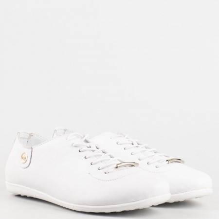 Дамски комфортни обувки изцяло от естествена кожа на ортопедично ходило в бял цвят 138b