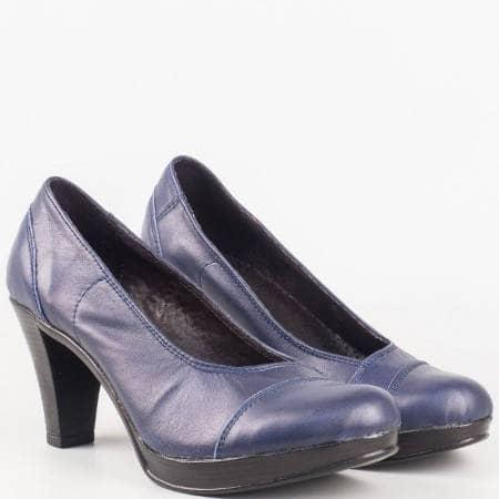 Дамски комфортни обувки за всеки ден на висок ток изработени от висококачествена естествена кожа на български производител в син цвят 1406843s