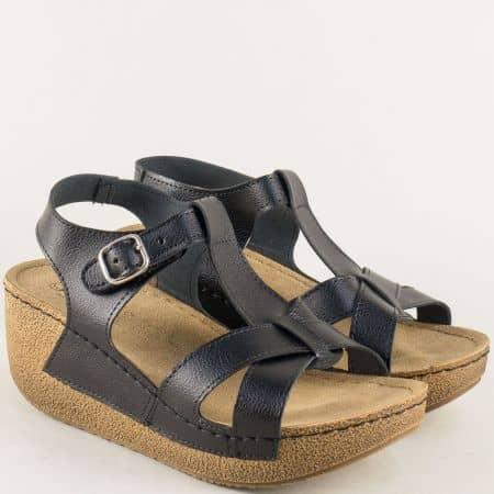 Дамски сандали в черен цвят на стабилна платформа с анатомична стелка 14797ch