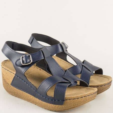 Сини дамски сандали на анатомична платформа и каишка с катарама  14797s