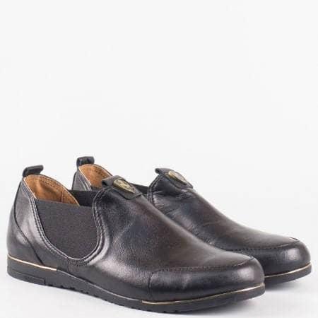 Дамски ежедневни обувки от изцяло 100% естествена кожа с ластици на български производител в черен цвят 1501455ch