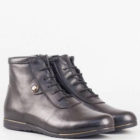 Дамски спортно-елегантни боти от висококачествена естествена кожа на водещ български производител в черен цвят 1501457ch
