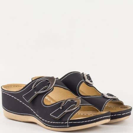 Дамски ежедневни чехли на шито клин ходило с ортопедична стелка с 5 зони на комфорт в черно  15153004ch