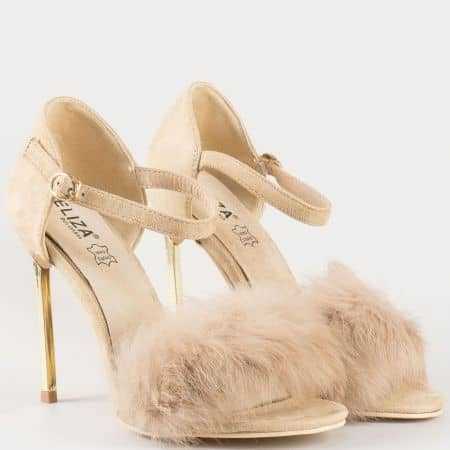 Дамски сандали в бежов цвят на тънък висок ток с пухчета и стелка от естествена кожа- Eliza 1522806bj