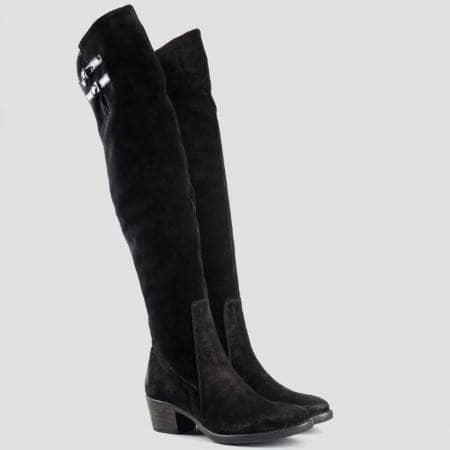 Атрактивни дамски ботуши, тип чизми, от водещ български производител, в черен велур 1548vchlch