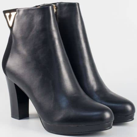 Елегантна дамска бота в черен цвят на висок ток 15520651ch