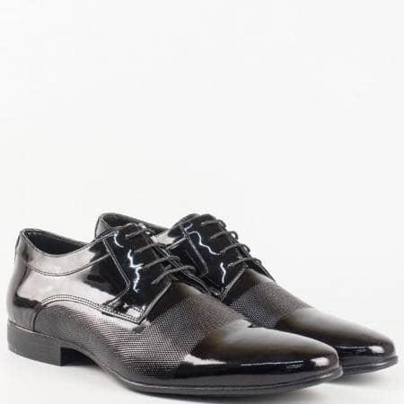 Мъжки официални обувки произведени от 100% естествени материали - лак и кожа в черен цвят 16039lch