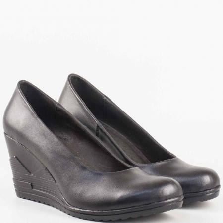 Дамски комфортни обувки за всеки ден изработени от висококачествена естествена кожа на известен български производител в черен цвят 16515462ch