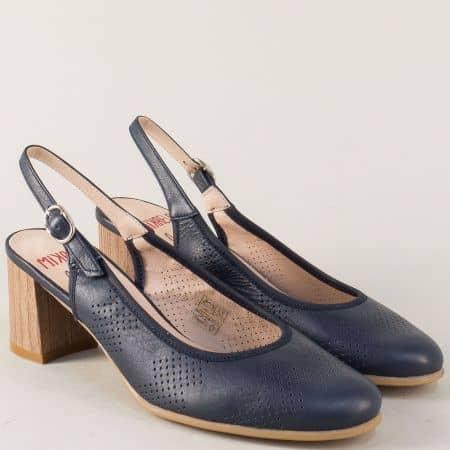 Сини дамски обувки от естествена кожа на среден ток 17026s