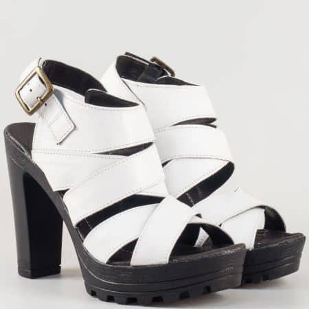 Дамски атрактивни сандали на висок стабилен ток изработени от изцяло естествена кожа, включително и стелката на известен български производител в бяло 17115493b