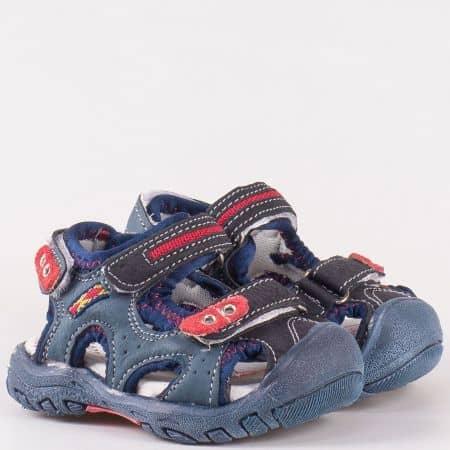 Детски сандали с две велкро ленти изработени от изцяло естествена кожа с анатомична стелка в черен цвят 17875ch