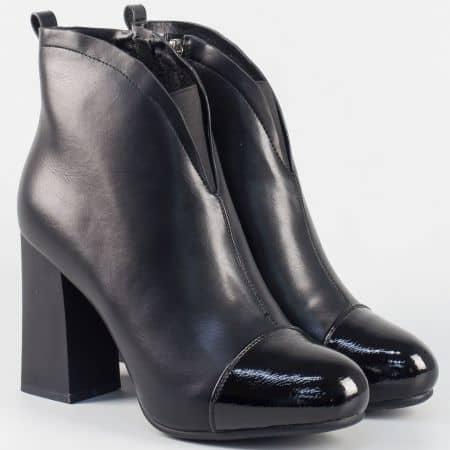 Елегантни дамски обувки на висок ток в черен цвят 183548ch