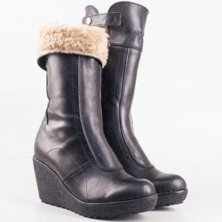 Дамски комфортни боти произведени от висококачествени естествени материали - естествена кожа и естествен заешки хастар на български производител в черен цвят 1943766ch
