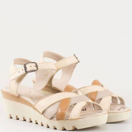 Дамски комфортни сандали произведени от 100% естествена кожа на утвърден български производител в бежово и кафяво 20215431bj