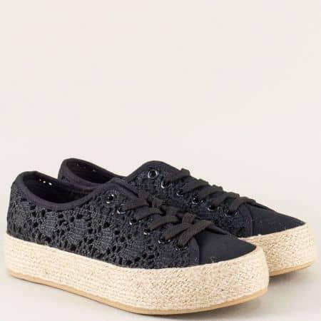 Дамски обувки с връзки на платформа в черен цвят 2027ch