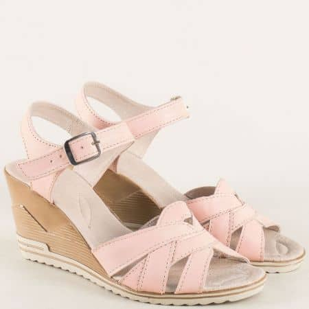 Розови дамски сандали от естествена кожа на клин ходило 20215462rz