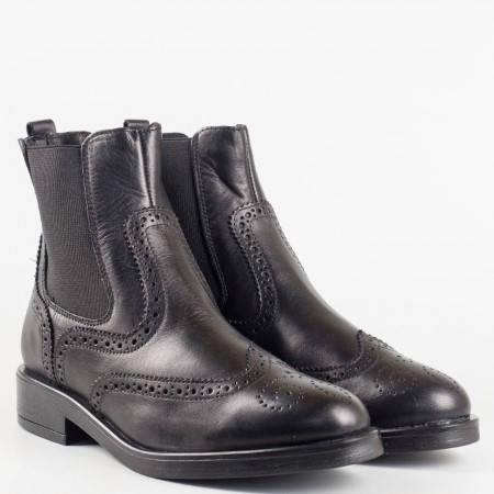 Модерни и удобни дамски боти в черно на водещ български производител от 100% естествена кожа 2079ch
