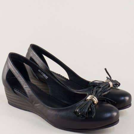 Кожени дамски обувки на клин ходило в черен цвят 2126ch