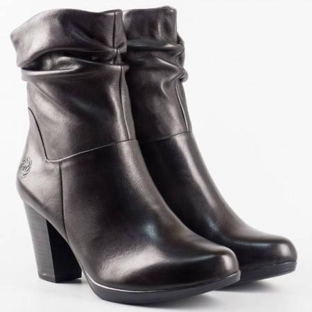 Дамски боти произведени в Германия от естествена кожа на марката Marco Tozzi с вградена Аntishokk система и стелка с мемори пяна в черен цвят 225064ch