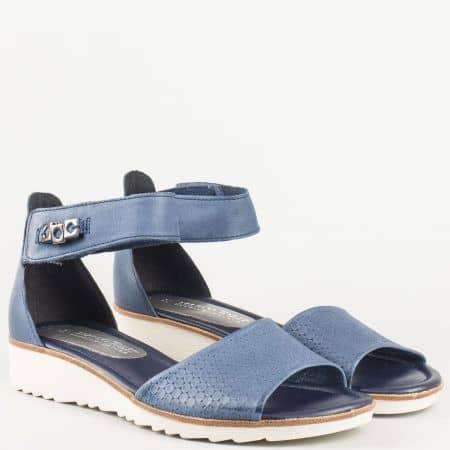 Комфортни дамски сандали с мемори стелка от естествена кожа в син цвят на немският производител- Marco Tozzi   228604s