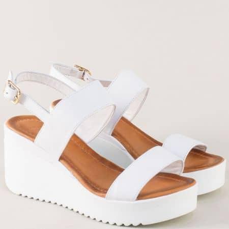 Бели дамски сандали от естествена кожа на платформа  2348b
