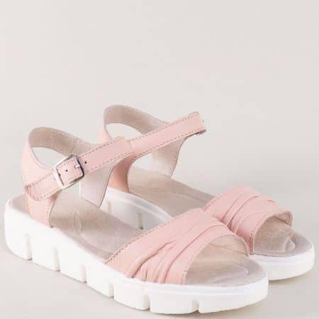 Розови дамски сандали от естествена кожа на платформа 239382rz