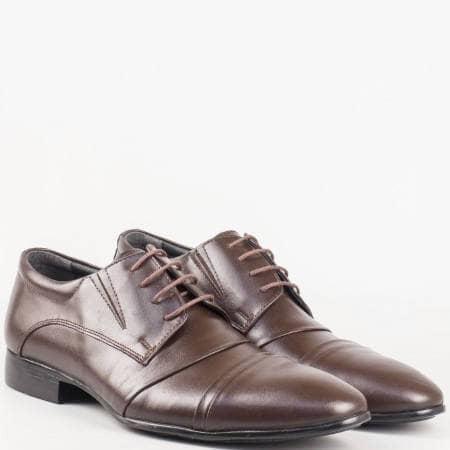 Тъмно кафяви мъжки обувки с връзки от естествена кожа 243kk