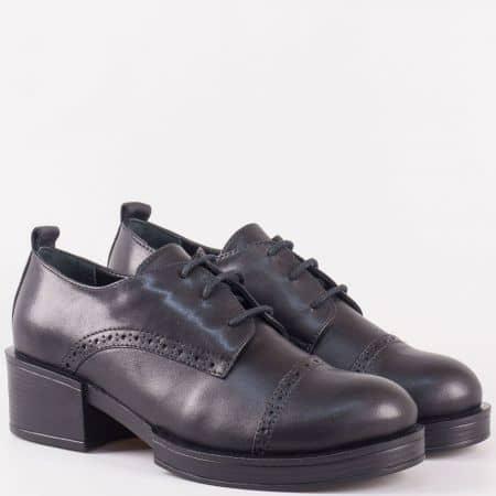 Класически дамски обувки с връзки на среден ток от естествена кожа в черен цвят 24501ch