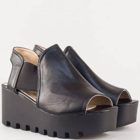 Дамски сандали с атрактивна актуална визия на българската марка Eliza в черно 248921ch